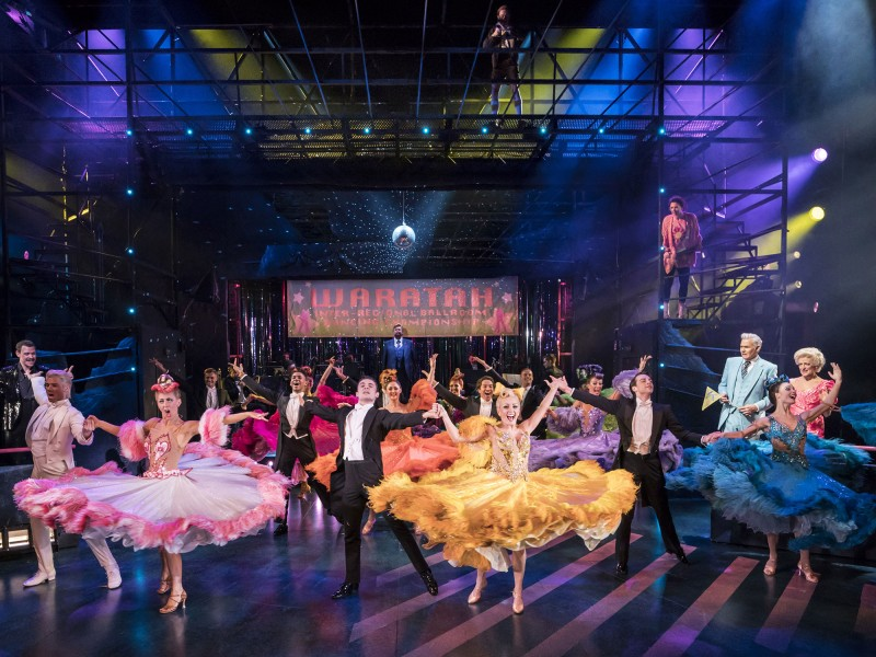 Ensemble  in 'Strictly Ballroom - The Musical' (London)  © Johan Persson