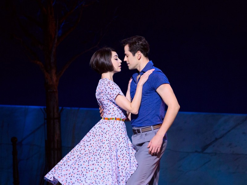 Leanne Cope (Lise Dassin), Robert Fairchild (Jerry Mulligan)  in 'An American in Paris' (London)  © Matthew Murphy
