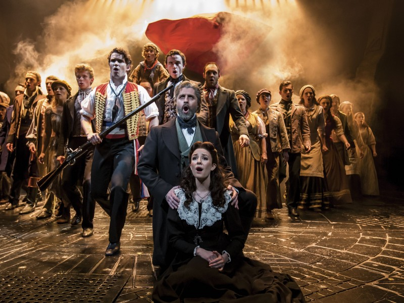 Ensemble  in 'Les Misérables' (London)  © Johan Persson