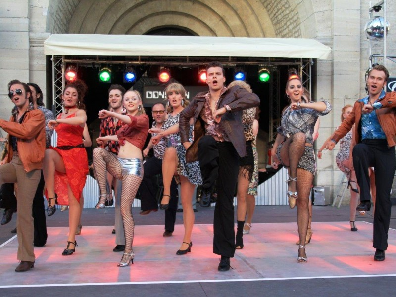 Ensemble  in 'Saturday Night Fever' (Bad Gandersheim)  © Hillebrecht /Die Fotomaus
