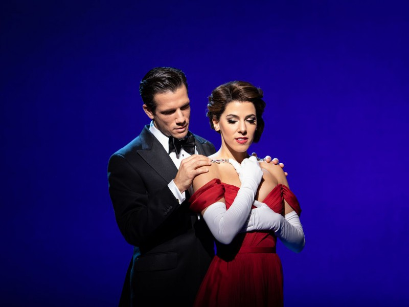 Danny Mac (Edward Lewis), Aimie Atkinson (Vivian Ward)  in 'Pretty Woman: The Musical' (London)  © Helen Maybanks