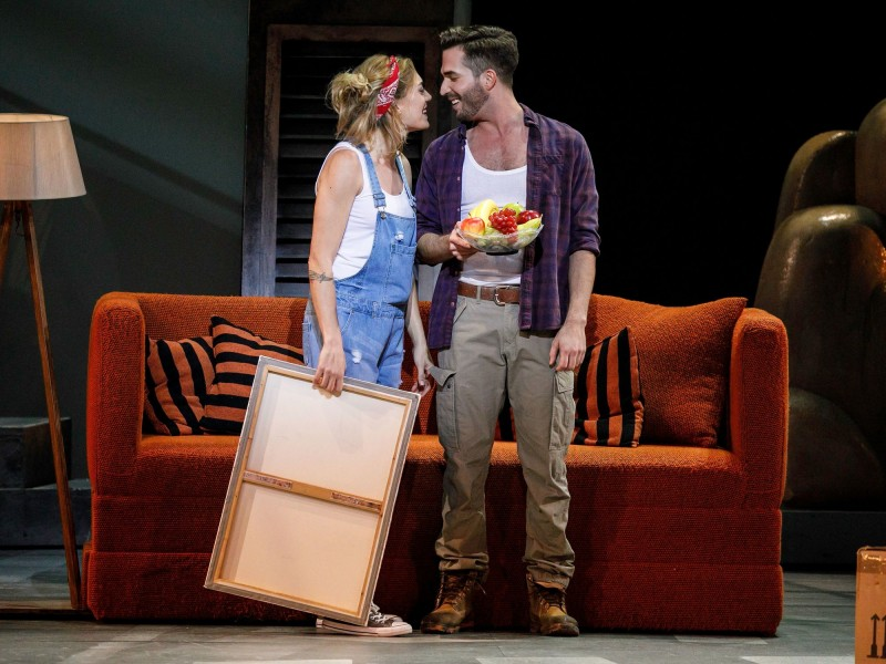 Roberta Valentini (Molly), Riccardo Greco (Sam)  in 'Ghost - Das Musical' (Hamburg)  © Stage Entertainment / Morris Mac Matzen