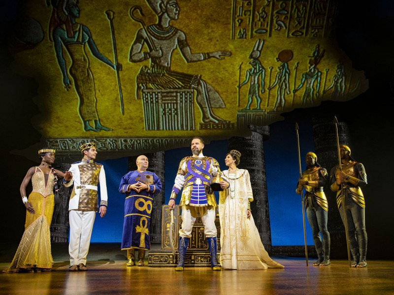 Tanisha Spring (Nefertari), Liam Tamne (Ramses), Adam Pearce (Hotep), Joe Dixon (Seti), Debbie Kurup (Queen Tuya)  in 'The Prince of Egypt' (London)  © Matt Crockett