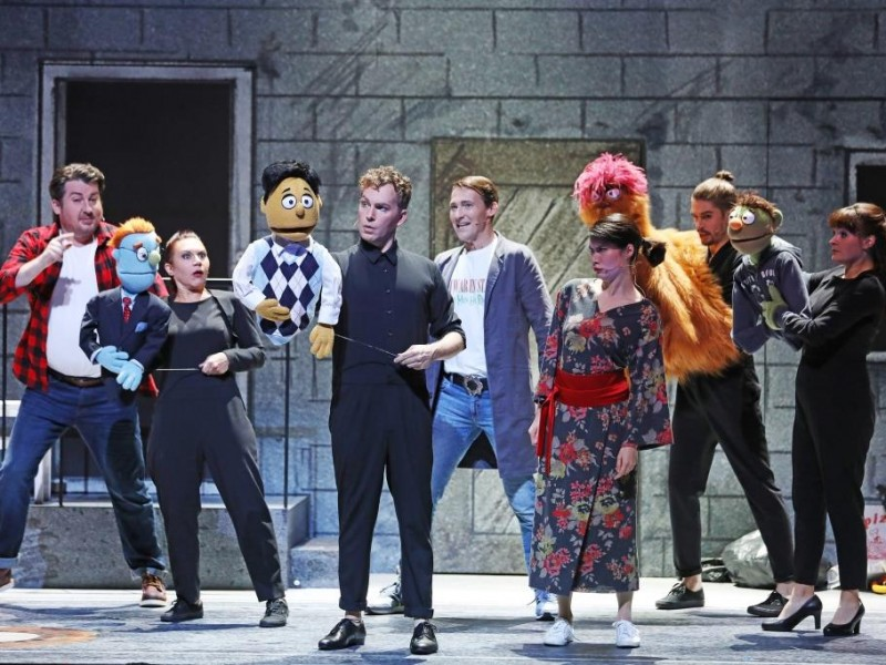 Ensemble  in 'Avenue Q' (Bielefeld)  © Sarah Jonek