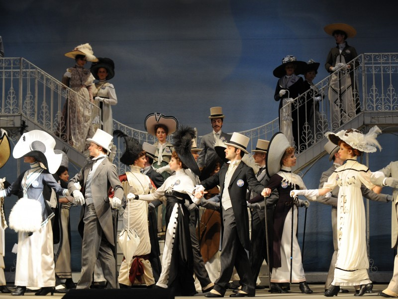 Ensemble  in 'My Fair Lady' (Wien)  © Dimo Dimov / Volksoper Wien