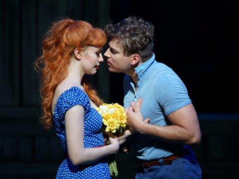Benjamin Oeser (Edward), Theresa Christahl (Sandra)  in 'Big Fish' (Gelsenkirchen)  © Karl + Monika Forster