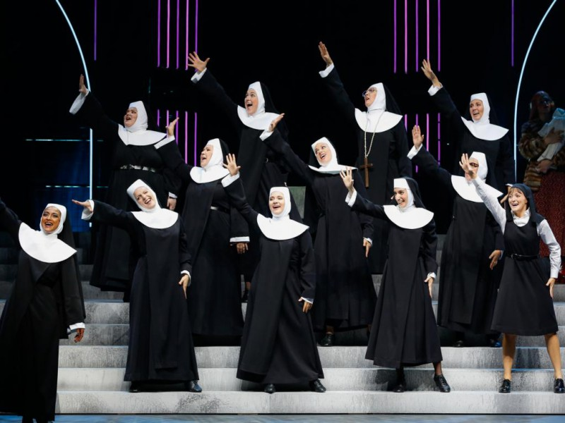 Ensemble  in 'Sister Act' (Linz)  © Barbara Páffy