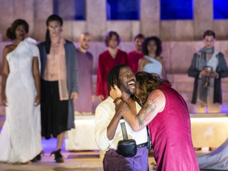 David-Michael Johnson (Judas Ischariot), Markus Neugebauer (Jesus von Nazareth)  in 'Jesus Christ Superstar' (Augsburg)  © Jan-Pieter Fuhr