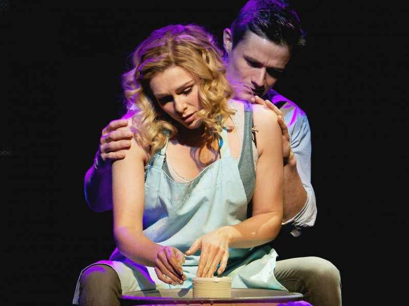 Sam Wheat (Mark Evans) and Molly Jensen (Siobhan Dillon)  in 'Ghost - The Musical' (London)  © Matt Crockett