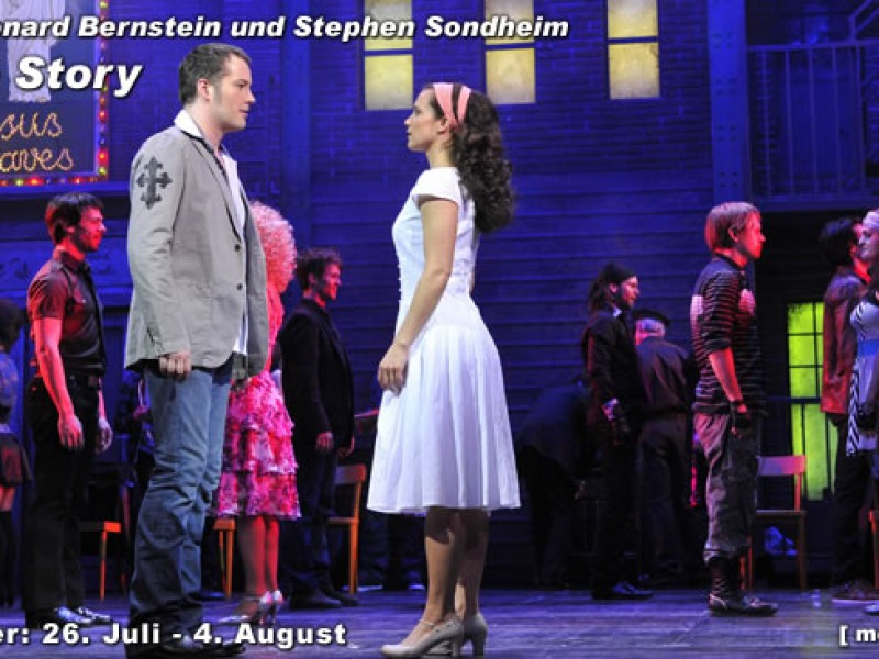 Tony (Daniel Prohaska) und Maria (Katja Reichert)  in 'West Side Story' (Klagenfurt)  © Theater
