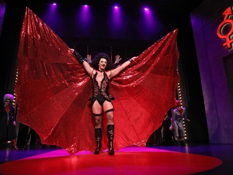 Manfred Ohnoutka (Frank N. Furter)  in 'The Rocky Horror Show' (Greifswald)  © Vincent Leifer