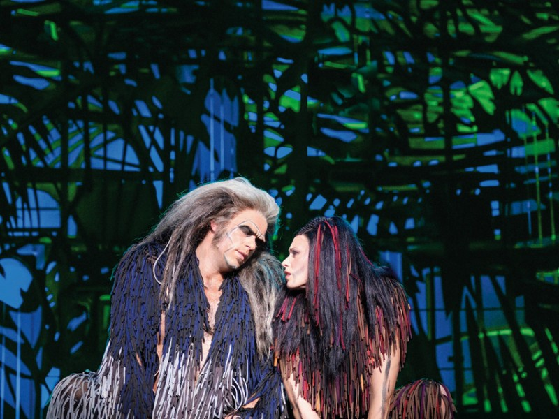 Patrick Stanke, Sabrina Weckerlin  in 'Tarzan' (Oberhausen)  © Stage Entertainment