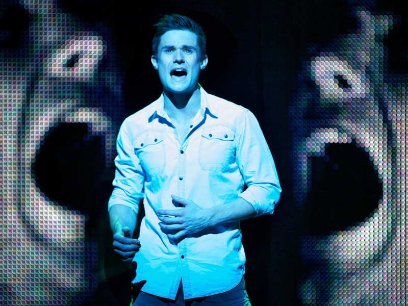 Sam Wheat (Mark Evans)  in 'Ghost - The Musical' (London)  © Matt Crockett