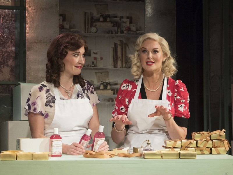 l-r: Scarlett Strallen (Amalia Balash), Katherine Kingsley (Ilona Ritter)  in 'She Loves Me' (London)  © Alastair Muir