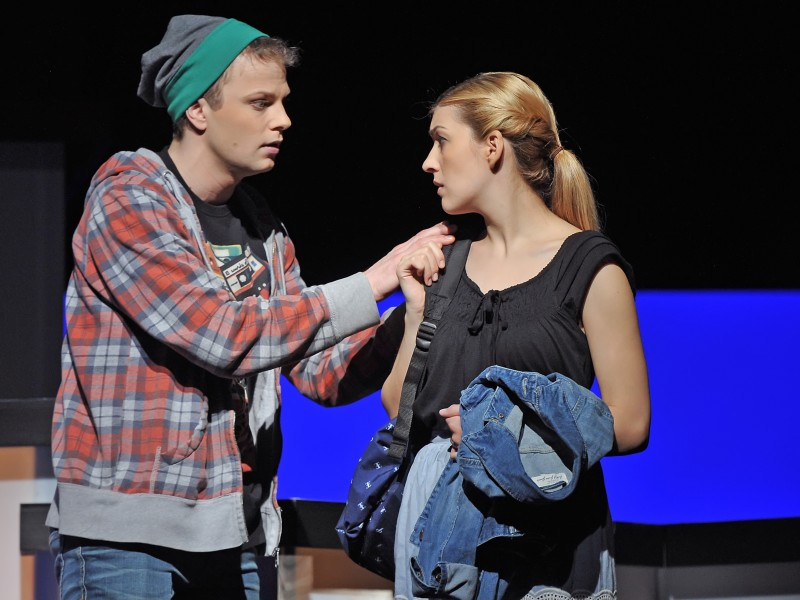 Tim Müller, Caroline Zins  in 'Fast normal (Next to Normal)' (Hildesheim)  © Andreas Hartmann