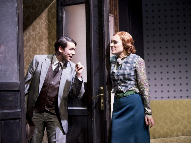 Alexander Tremmel (Ted Hunton), Dorothea Maria Müller (Bonnie Parker)  in 'Bonnie & Clyde' (Lüneburg)  © t&w / Andreas Tamme