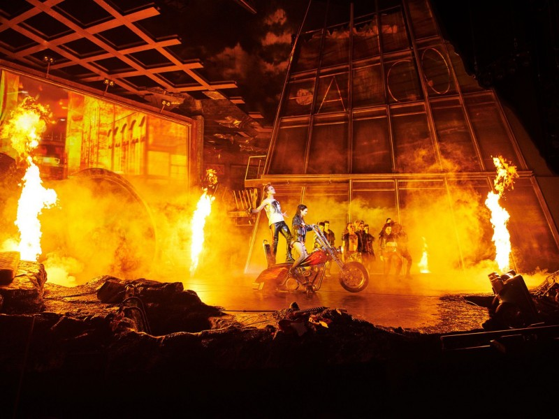 Ensemble  in 'Bat Out Of Hell' (Oberhausen)  © Stage Entertainment