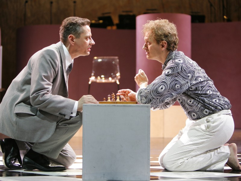 Christian Grygas (Anatoly) und Chris Murray (Freddy)  in 'Chess' (Dresden)  © Kai-Uwe Schulte-Bunert