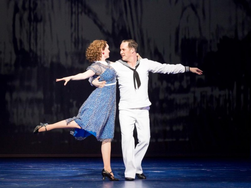 Julia Klotz (Ivy Smith), Daniel Prohaska (Gabey)  in 'On the Town' (München)  © Marie-Laure Briane