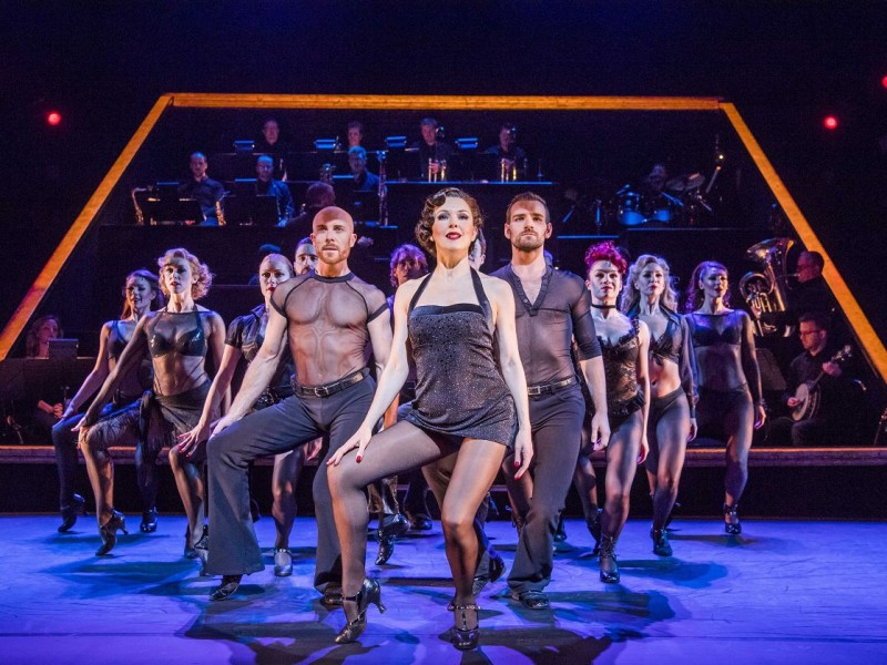 Josefina Gabrielle (Velma Kelly), Ensemble  in 'Chicago' (London)  © Tristram Kenton