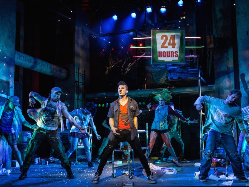 Ensemble  in 'American Idiot' (London)  © Darren Bell