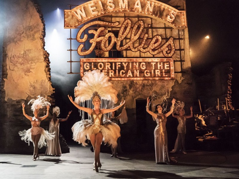 Ensemble  in 'Follies' (London)  © Johan Persson