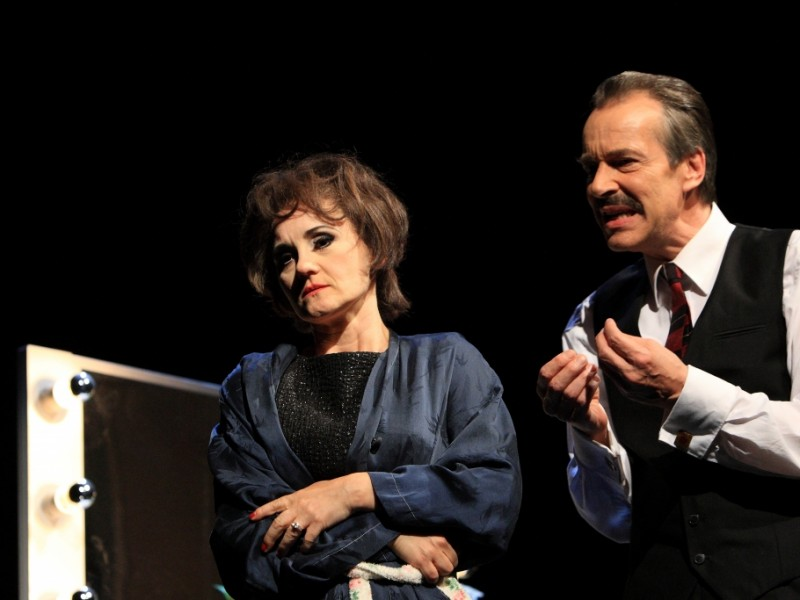 Katharine Mehrling (Judy Garland), Christoph Schobesberger (Anthony)  in 'End of the Rainbow' (Berlin)  © DERDEHMEL/Urbscht